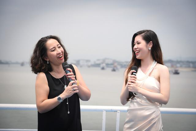 Cô giáo của 5 ca sĩ Sao Mai gây bất ngờ với MV mới - Ảnh 2.