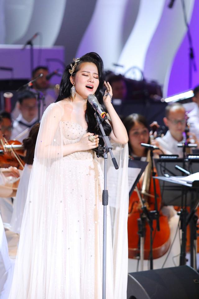 Á quân Sao mai Phạm Thùy Dung - Bản ngã trong âm nhạc - Ảnh 1.