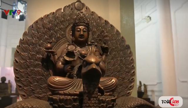 Triển lãm hơn 100 tượng Phật cổ tại TP.HCM - Ảnh 1.