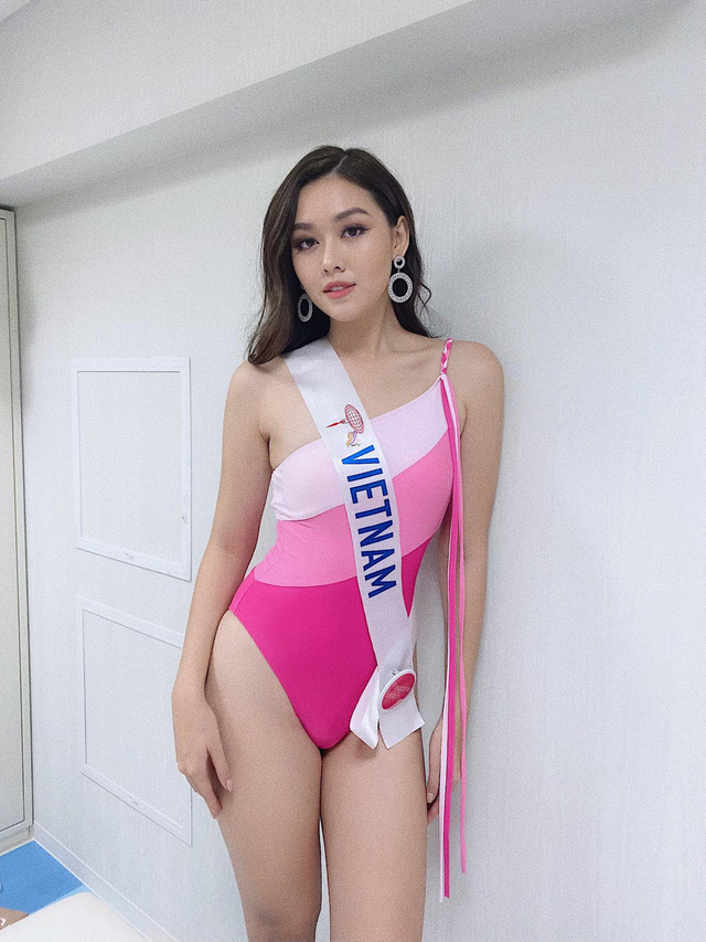Tường San diện áo tắm nổi bật tại Miss International 2019 - Ảnh 1.