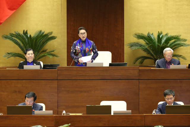 Toàn cảnh phiên chất vấn Bộ trưởng Bộ Công Thương Trần Tuấn Anh và Bộ trưởng Bộ Nội vụ Lê Vĩnh Tân - Ảnh 3.