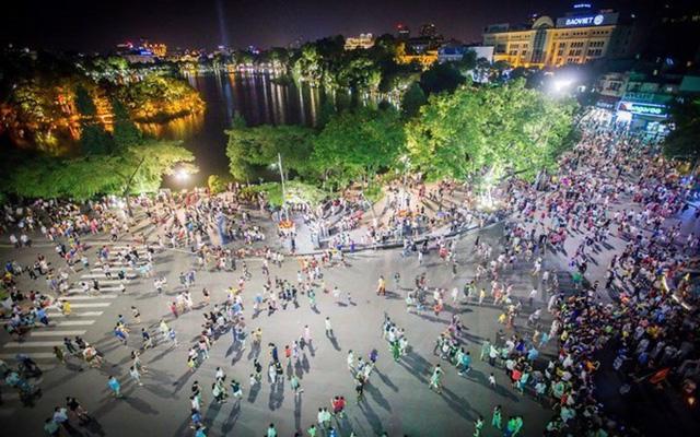 Không chấp nhận văn hóa Việt Nam lờ nhờ, nguệch ngoạc, lai căng - Ảnh 2.