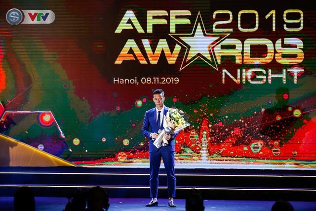ẢNH: Các danh hiệu ấn tượng tại lễ trao giải AFF Award 2019 - Ảnh 6.