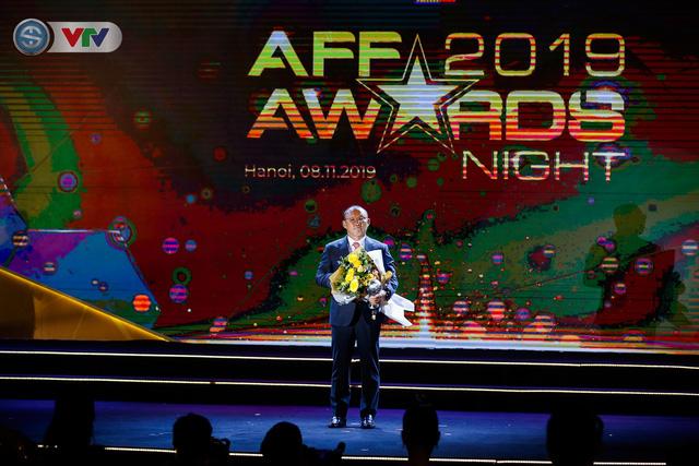 ẢNH: Các danh hiệu ấn tượng tại lễ trao giải AFF Award 2019 - Ảnh 9.