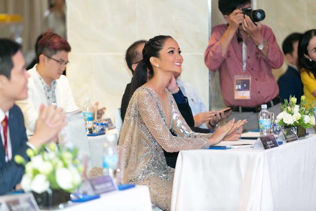 Lộ vương miện đặc biệt của Hoa hậu Hoàn vũ Việt Nam 2019 - Ảnh 7.