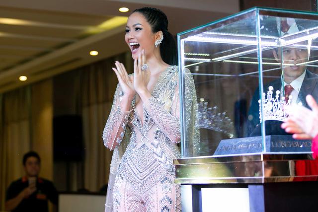 Lộ vương miện đặc biệt của Hoa hậu Hoàn vũ Việt Nam 2019 - Ảnh 1.
