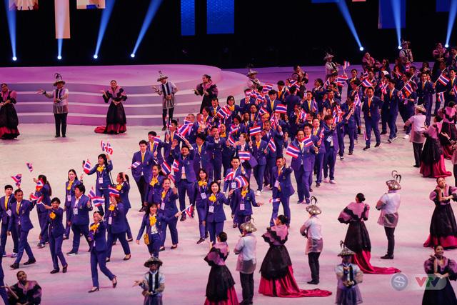 ẢNH: Lễ khai mạc SEA Games 30 đơn giản nhưng đậm màu sắc và giàu ý nghĩa - Ảnh 10.