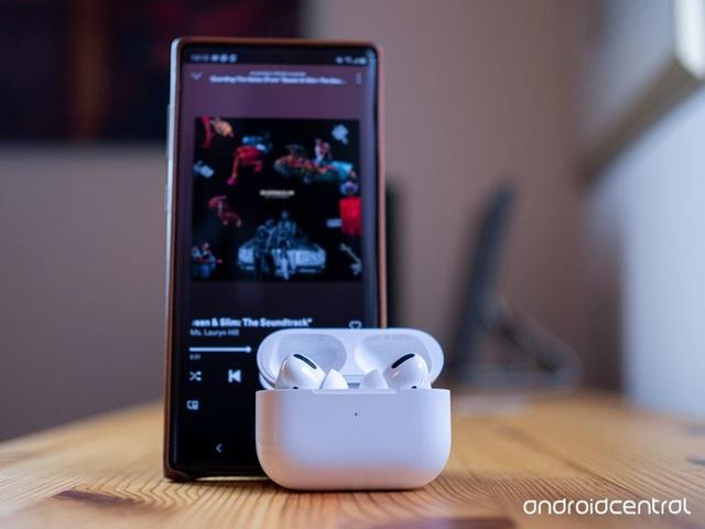 Doanh số bán Apple Watch, AirPods và tai nghe Beats tăng gần 200% - Ảnh 3.