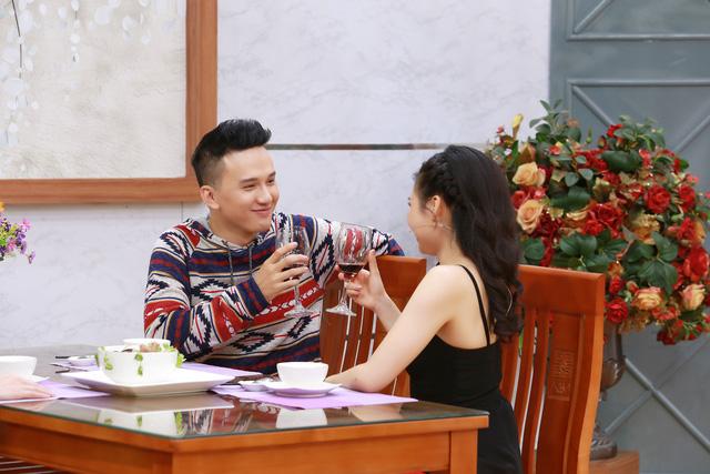 Trai đẹp Khắc Minh thú nhận học nấu ăn chỉ để chinh phục Lê Lộc - Ảnh 2.