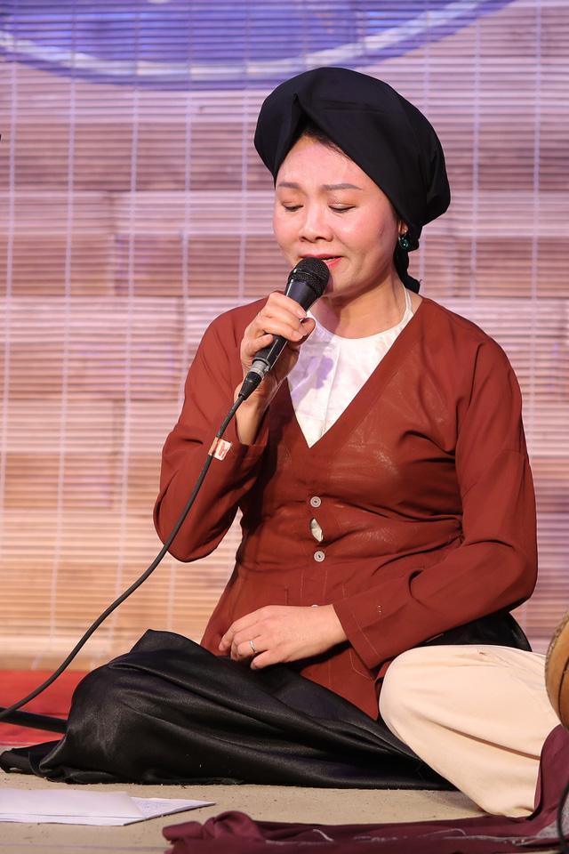 Nghệ sĩ hát xẩm Nguyễn Quang Long bất ngờ ra album sau 20 năm ca hát - Ảnh 4.