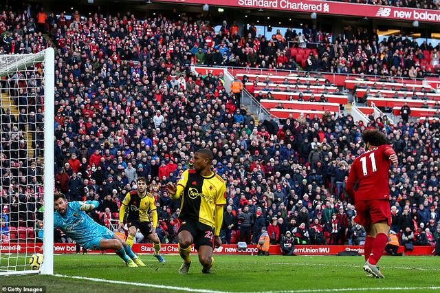 Vòng 17 Ngoại hạng Anh: Thắng nhàn Watford, Liverpool nối dài mạch bất bại - Ảnh 3.