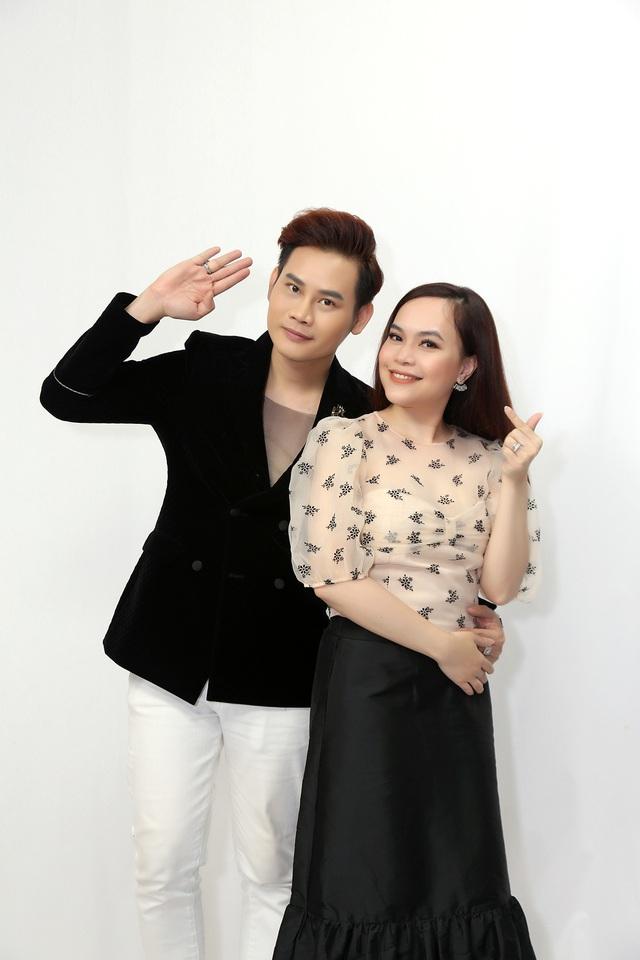 Vợ chồng MC Hồng Phúc – Quỳnh Phượng bất ngờ tiết lộ từng nhiều lần định ly hôn - Ảnh 1.