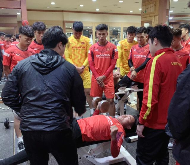 ĐT U23 Việt Nam tập huấn tại Hàn Quốc: Tập trung rèn thể lực và ôn đấu pháp - Ảnh 8.