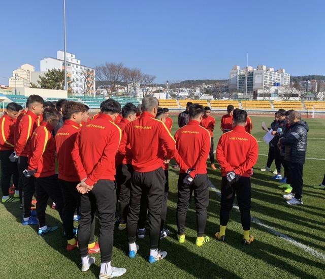 ĐT U23 Việt Nam tập huấn tại Hàn Quốc: Tập trung rèn thể lực và ôn đấu pháp - Ảnh 6.