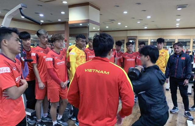 ĐT U23 Việt Nam tập huấn tại Hàn Quốc: Tập trung rèn thể lực và ôn đấu pháp - Ảnh 2.