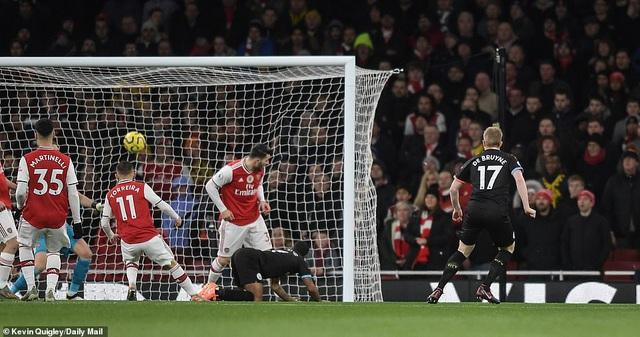 Arsenal 0-3 Man City: Màn trình diễn siêu hạng của De Bruyne - Ảnh 1.