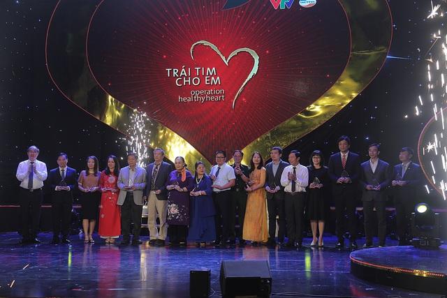Những khoảnh khắc khó quên của Gala Trái tim cho em 2019 - Ảnh 13.