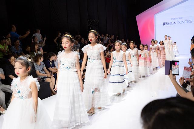 Chương trình thời trang trẻ em Junior Fashion Runway 5: Sôi động và hấp dẫn - Ảnh 7.