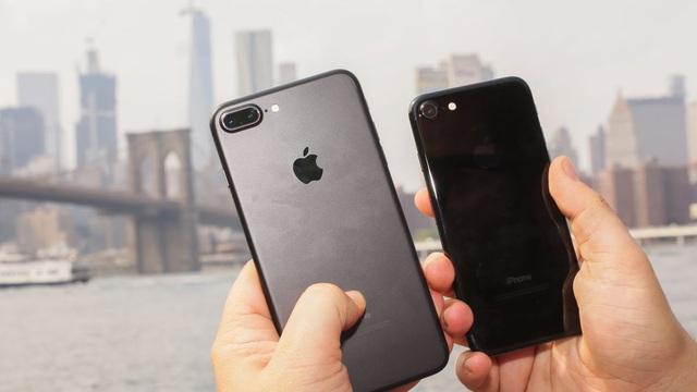 iPhone 7 cũ chỉ còn có giá 4,3 triệu đồng - Ảnh 1.