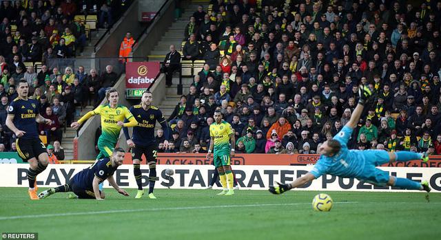 Norwich 2-2 Arsenal: Màn ra mắt chưa trọn vẹn của HLV Ljungberg - Ảnh 1.