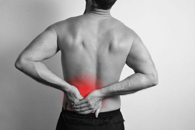 10 dấu hiệu của bệnh thoát vị đĩa đệm - Ảnh 3.
