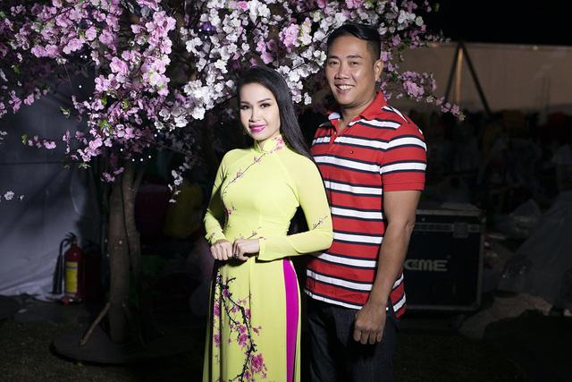 Vừa xuất viện, Cẩm Ly đội rét đi diễn Festival Hoa Đà Lạt 2019 - Ảnh 6.