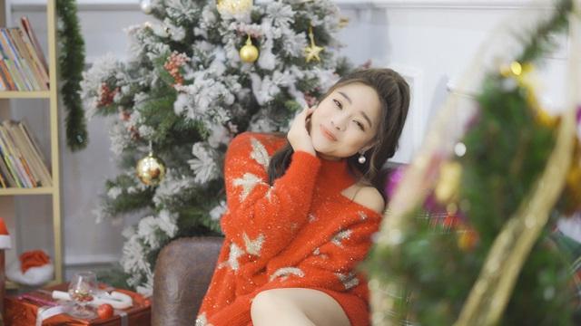 """Sao mai Mai Diệu Ly ra mắt MV """"Nhớ mùa Noel"""" nồng nàn yêu thương - Ảnh 6."""