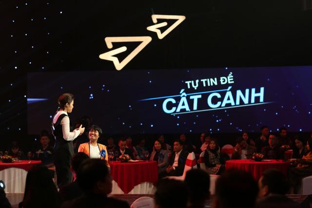 Gala Vì một Việt Nam cất cánh: 80 diễn giả và khách mời bình luận cùng lan tỏa những giá trị tích cực - Ảnh 1.