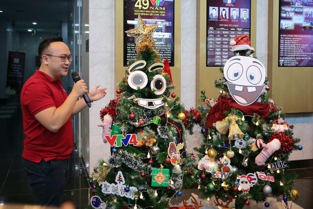 Rực rỡ sắc màu Giáng sinh tại Đài Truyền hình Việt Nam - Ảnh 14.