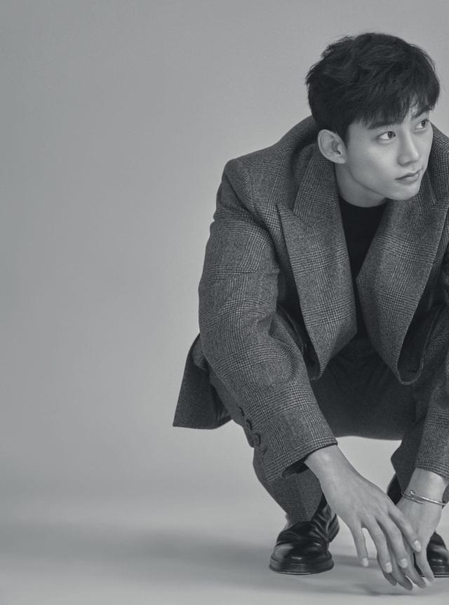 Taecyeon: 2PM chắc chắn sẽ còn hội ngộ trên sân khấu - Ảnh 2.