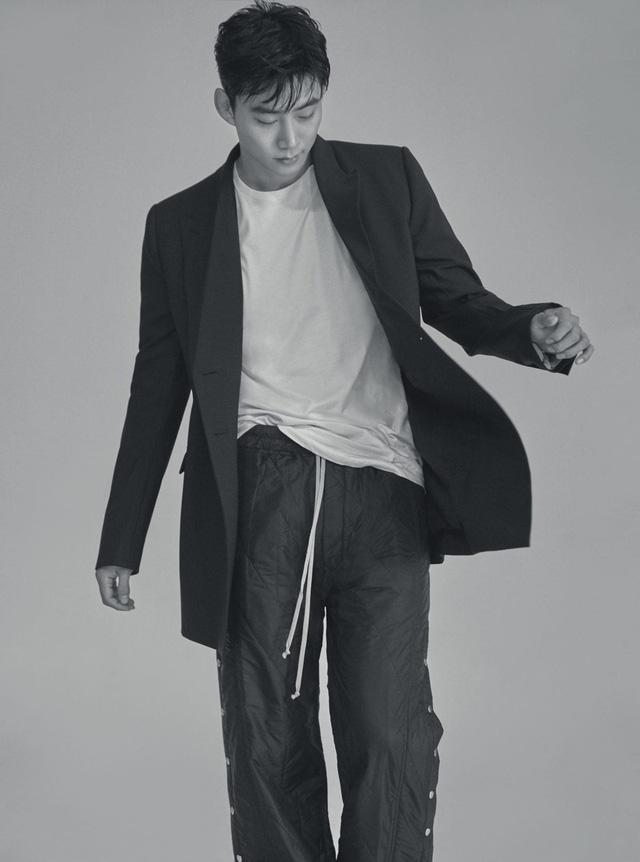 Taecyeon: 2PM chắc chắn sẽ còn hội ngộ trên sân khấu - Ảnh 3.