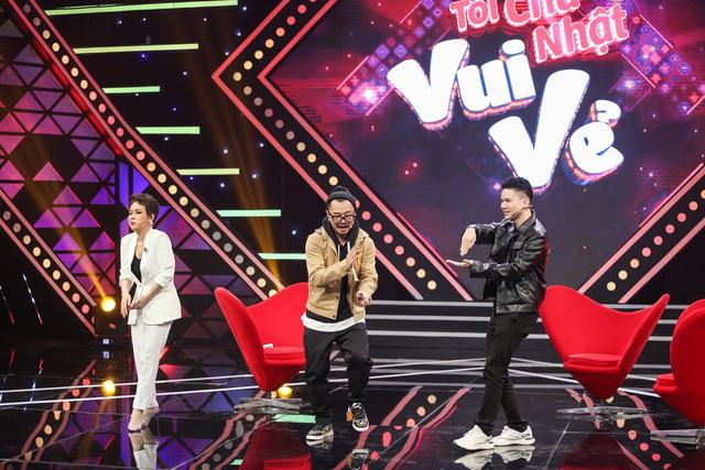 Hà Lê đeo mặt nạ đọc rap... khiến Việt Hương quỳ xuống sân khấu - Ảnh 4.