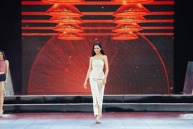 Đón xem THTT Bán kết Hoa hậu Hoàn vũ Việt Nam 2019 (20h, VTV9) - Ảnh 8.