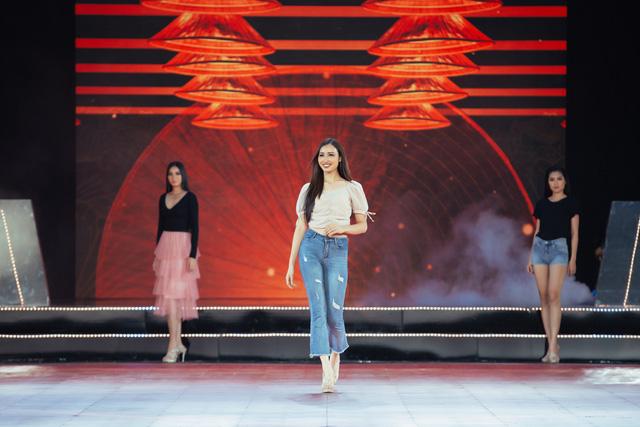 Đón xem THTT Bán kết Hoa hậu Hoàn vũ Việt Nam 2019 (20h, VTV9) - Ảnh 3.
