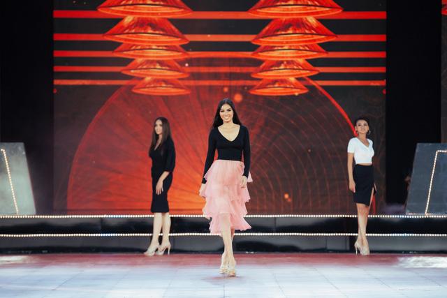 Đón xem THTT Bán kết Hoa hậu Hoàn vũ Việt Nam 2019 (20h, VTV9) - Ảnh 1.