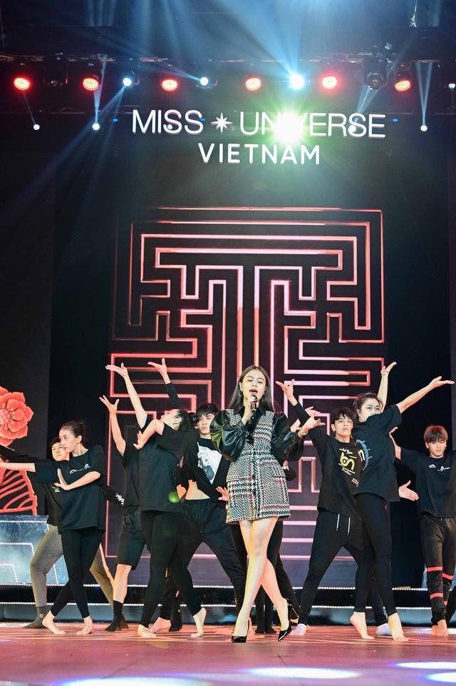 Hoàng Thùy Linh, Ali Hoàng Dương hăng say tập tổng duyệt Bán kết Hoa hậu Hoàn vũ 2019 - Ảnh 10.