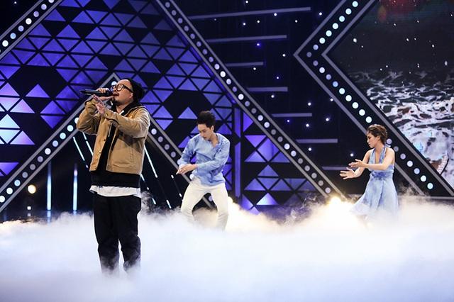 Hà Lê khiến khán giả lụi tim với nhạc Trịnh trong Tối chủ nhật vui vẻ - Ảnh 4.