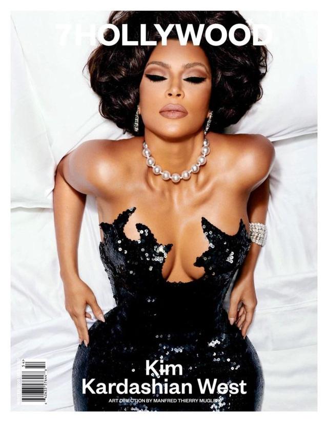 7HOLLYWOOD Winter 2020: Kim Kardashian West lột xác ngoạn mục - Ảnh 6.