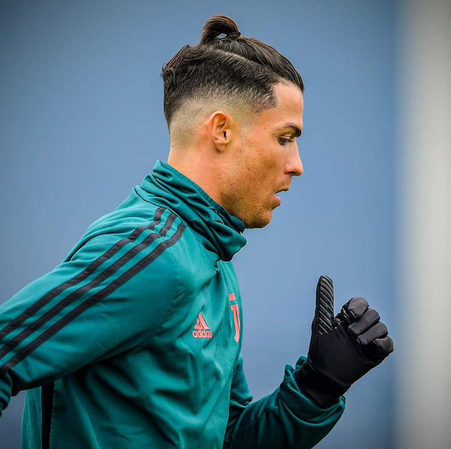 Nhái Bale, Ronaldo bị chê tơi tả - Ảnh 4.