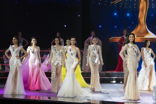 Dàn thí sinh Hoa hậu Hoàn vũ Việt Nam 2019 lộng lẫy trong đêm Bán kết - Ảnh 7.