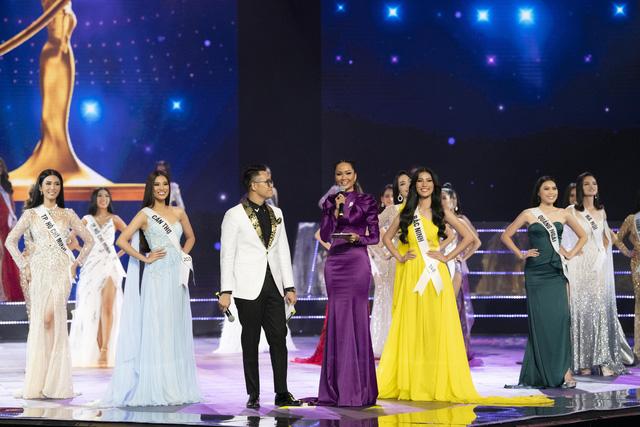 Dàn thí sinh Hoa hậu Hoàn vũ Việt Nam 2019 lộng lẫy trong đêm Bán kết - Ảnh 9.