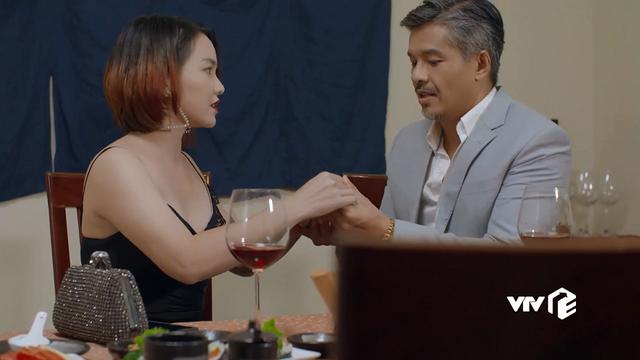 Tiệm ăn dì ghẻ - Tập 6: Thương vụ mua bán bất thành, Thiên Kim bị chồng hắt hủi vì hết giá trị lợi dụng - ảnh 1