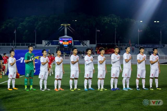 ẢNH: Đức Chinh toả sáng phút cuối, U22 Việt Nam thắng kịch tính U22 Singapore - Ảnh 4.