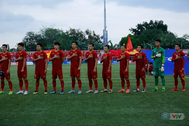 ẢNH: U22 Việt Nam loại U22 Thái Lan, thẳng tiến vào bán kết SEA Games 30 - Ảnh 2.