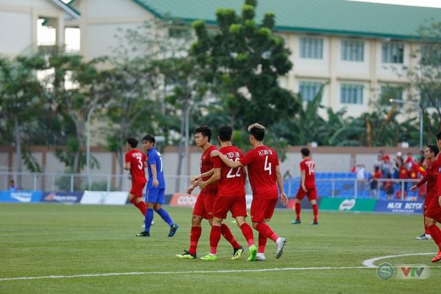 ẢNH: U22 Việt Nam loại U22 Thái Lan, thẳng tiến vào bán kết SEA Games 30 - Ảnh 7.