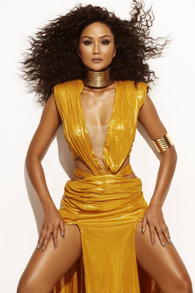HHen Niê tung bộ ảnh cực chất khép lại 2 năm nhiệm kỳ Hoa hậu - Ảnh 11.