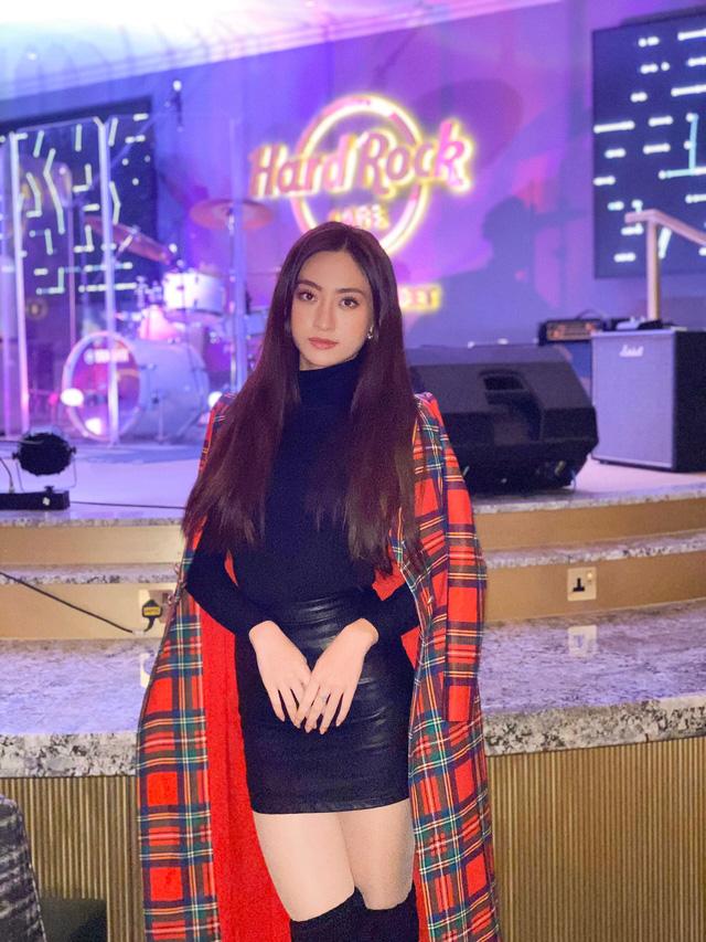 Lương Thùy Linh dẫn đầu bình chọn tại Miss World sau màn bắn tiếng Anh thần sầu - Ảnh 6.