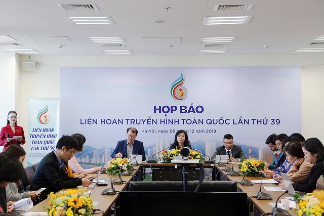 Nhà báo Nguyễn Vọng Ngàn: Khai mạc LHTHTQ lần thứ 39 chuyên nghiệp, hiện đại, trẻ trung - Ảnh 1.