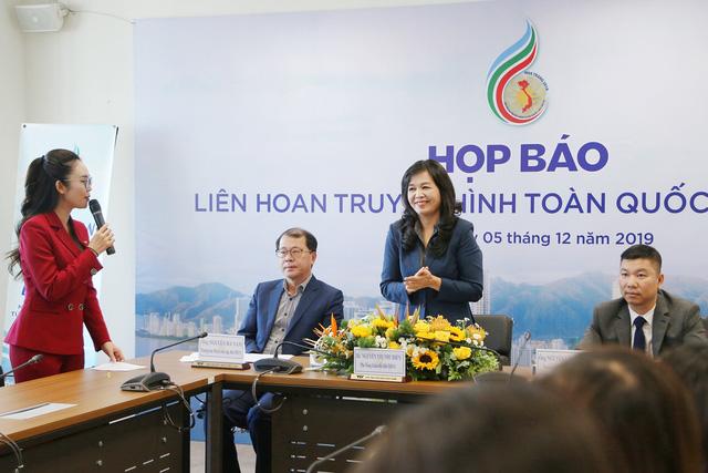 Nhà báo Nguyễn Vọng Ngàn: Khai mạc LHTHTQ lần thứ 39 chuyên nghiệp, hiện đại, trẻ trung - Ảnh 2.
