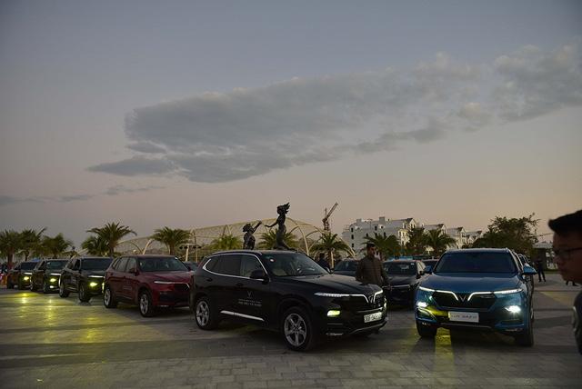 Gần 100 xe VinFast khởi động hành trình chinh phục địa đầu Tổ quốc - Ảnh 3.